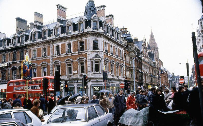 08 oxford street 1980s
