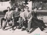Biscotto (secondo da sx) e i suoi amici al Giro di Peppe