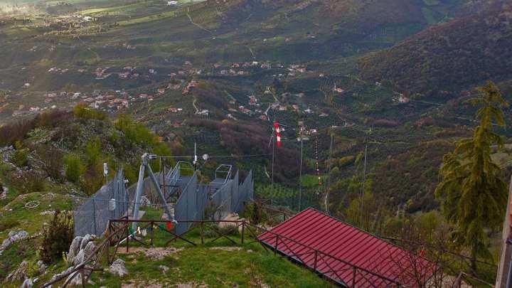 Il Volo dell'Angelo, Rocca Massima rinasce ma resta con i piedi per terra