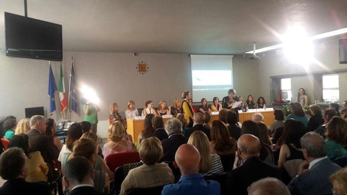 Mainardi Patrizia PavoncellaMariella E Premio Donne Dell'anno Enoc kiuPXZ