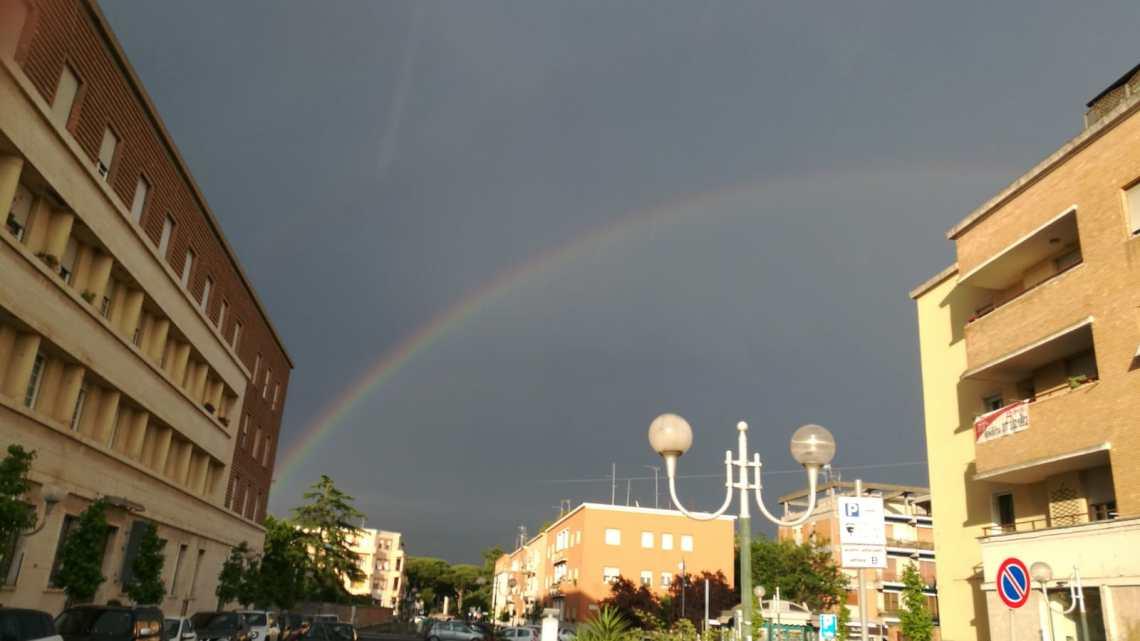 L'arcobaleno a Latina, e il buon tempo si avvicina