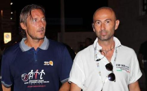 Tiziano Ferro si sposa, Totti sta a Sabaudia la curiosità lieve e il mio amico Cristian