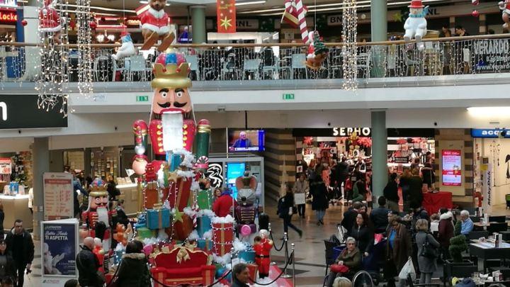 Bollettino di Natale, tra l'albero del pepe e il centro commerciale