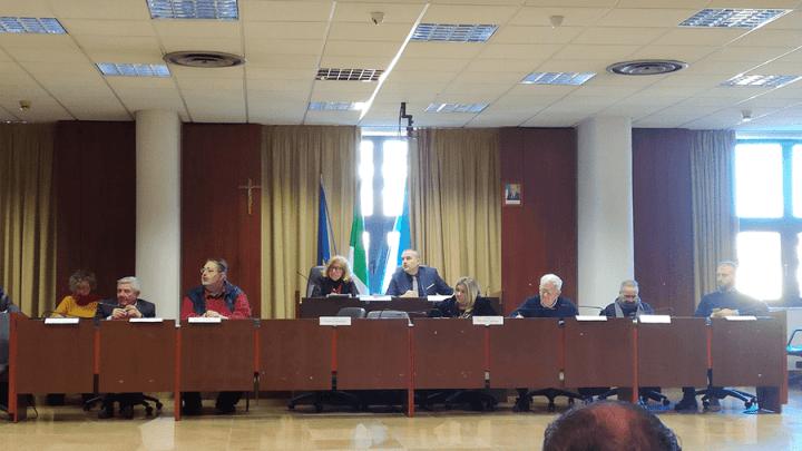 Dimissioni Carturan, le reazioni delle opposizioni e quella suggestione di Merolla