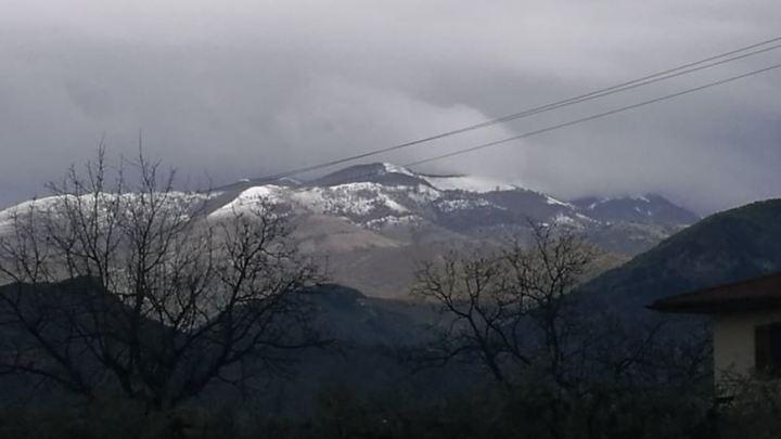 …  e in Semprevisa arriva la neve