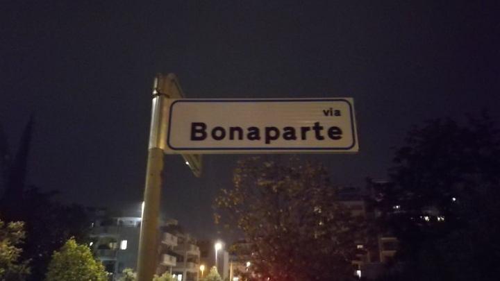 Via Bonaparte che Napoleone n'era nessuno: la toponomastica freuidiana di Latina