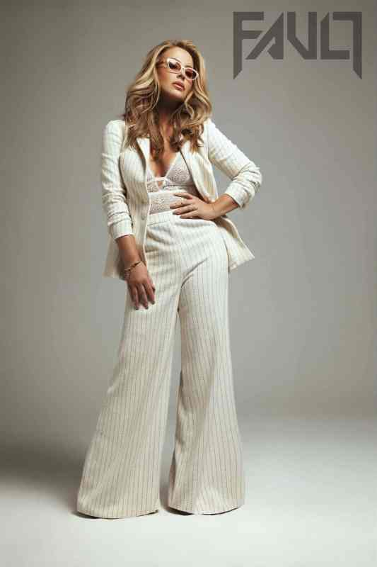 Anastacia Magazine coverphotoshoot