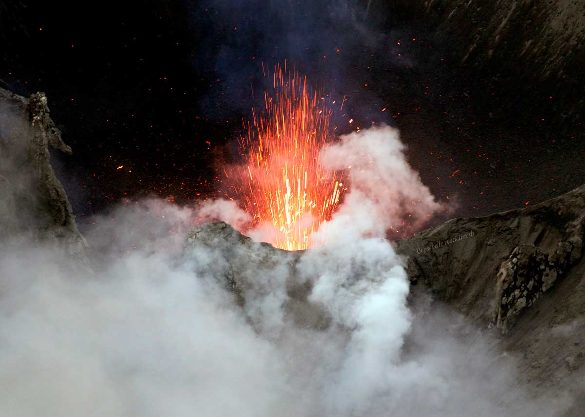 volcano yasur vanuatu tanna island explosion