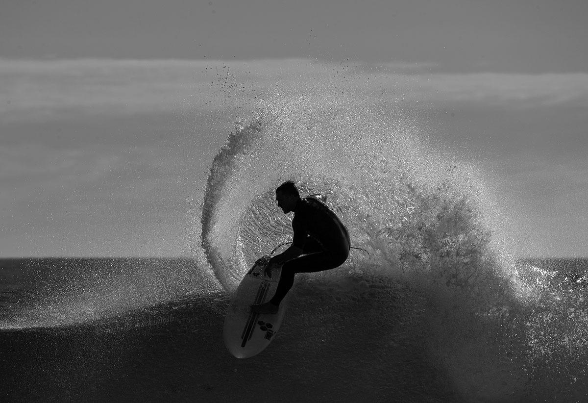 black white maroubra surfing australia