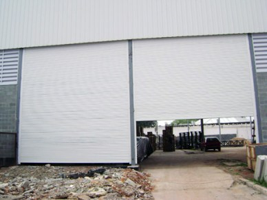 Porta de Aço de Enrolar Automática - Favaretto Portas - Porta de Aço Automática - Porta de Enrolar Industrial