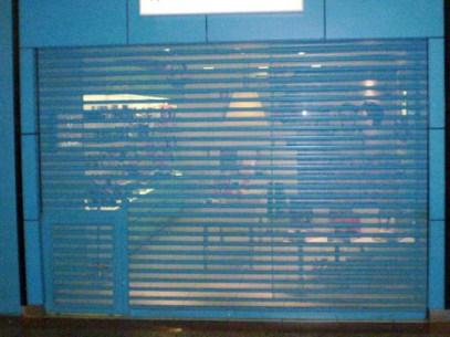 Porta de Aço de Enrolar Automática - Favaretto Portas - Porta de Rolo Automática - Porta de Loja de Enrolar - Portão de Rolo