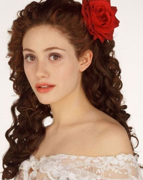 Emmy Rossum Prom Curly Hairstyle