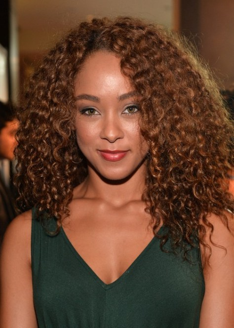 Popular Curly Hair Styles for Women 2015