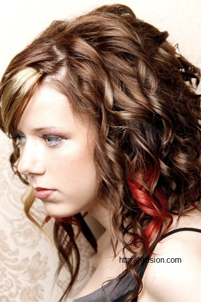 Pretty Curly Hairstyles for Teenage Girls