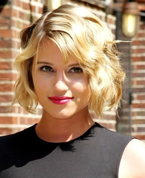 Short Wavy Haircuts for Women Blonde Fine Hair