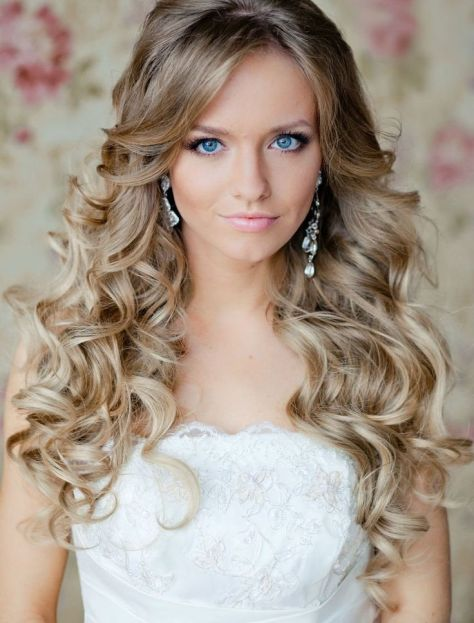 best prom hairstyles for curly hair..