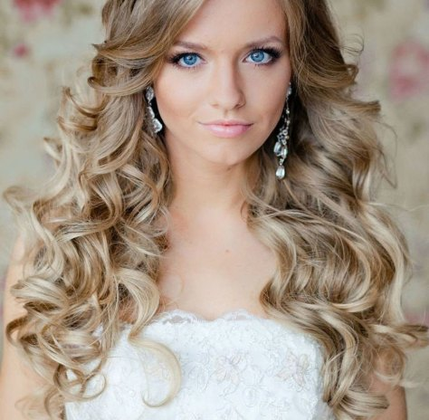 Cute Curly Hairstyles For Long Hair..