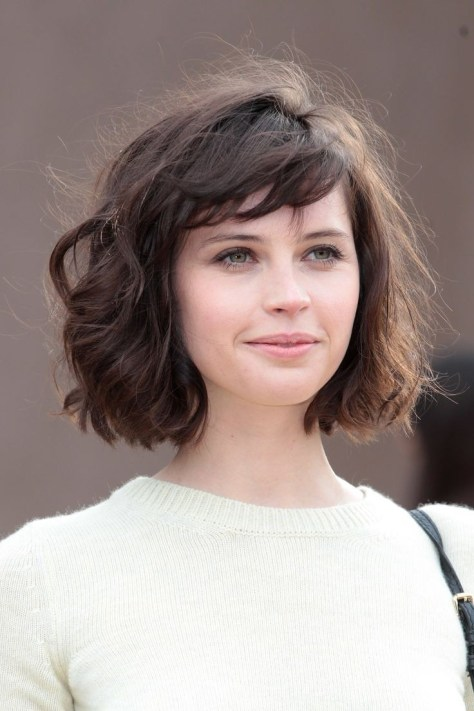Medium-Bob-Hairstyle-Short-Haircuts-for-Wavy-Hair