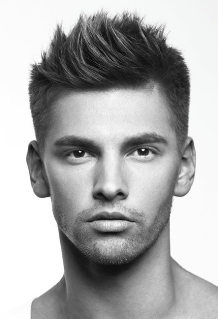 Trendy-and-Cute-Short-Hairstyles-for-Men