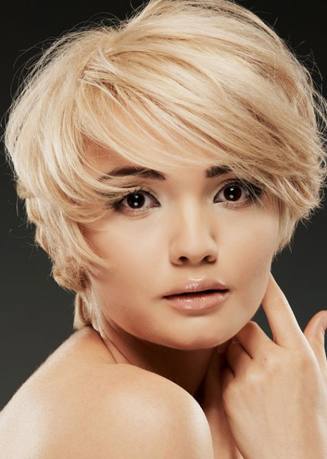 Twist and Shout Short Blonde Style