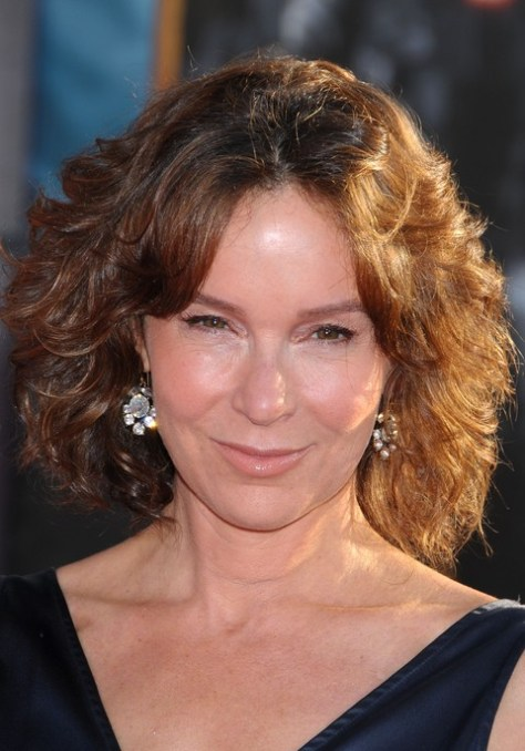 Jennifer Grey Wavy Hairstyle for Women Over 50