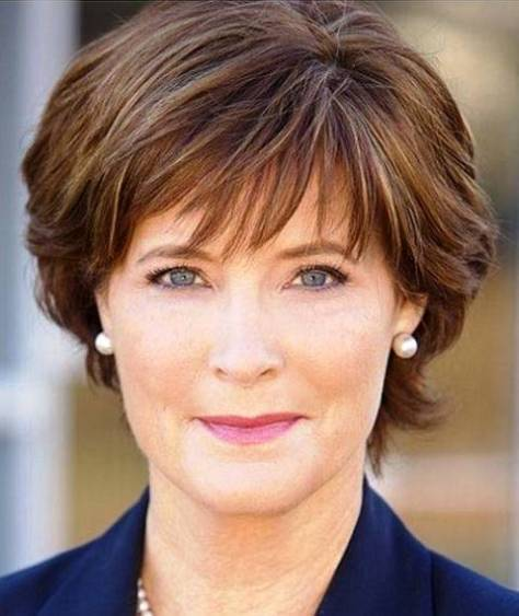 photos-of-short-hairstyles-for-women-over-50