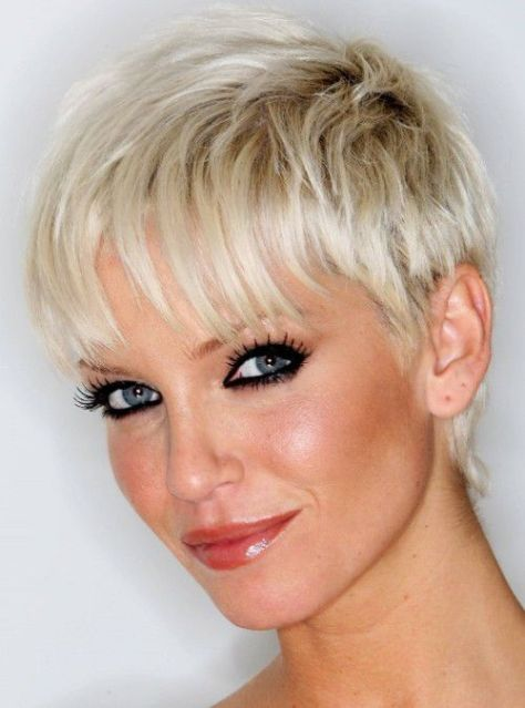Beautiful Short Hairstyles For Thin Hair