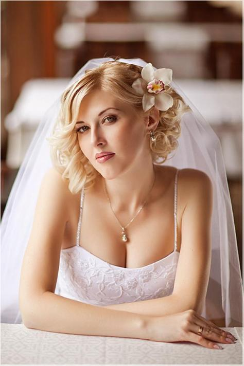 Lovely Wedding Hairstyles For Short Hair