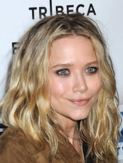Mary kate olsen wavy hairstyle