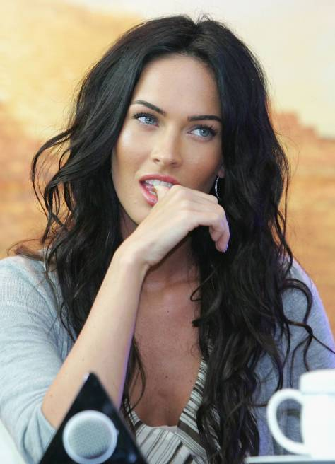 "SEOUL, SOUTH KOREA - JUNE 10: Actress Megan Fox attends ""Transformers: Revenge of the Fallen"" press conference at Kring on June 10, 2009 in Seoul, South Korea. The film will open on June 24 in South Korea. (Photo by Chung Sung-Jun/Getty Images)"