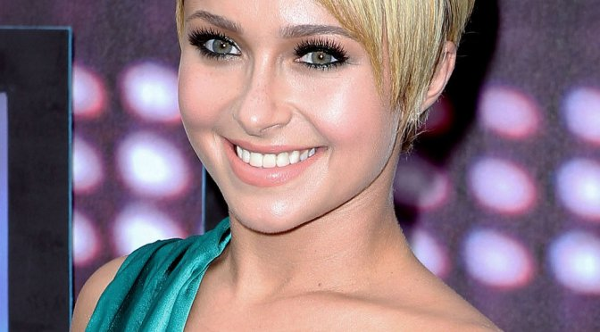 50 Cute Hairstyles for Short Hair You Can't Miss