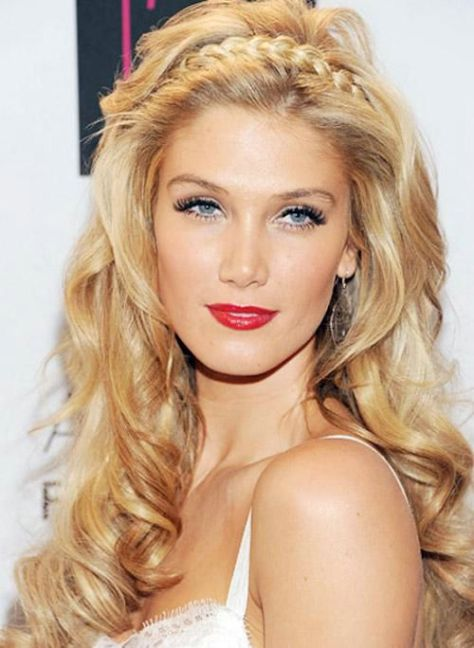 Long Blonde Hairstyles For Oval Faces