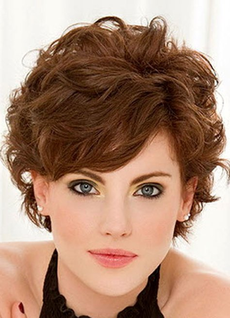 Short wavy hair side swept bangs