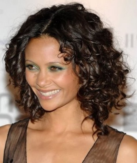 Stylish Haircuts For Curly Hairs