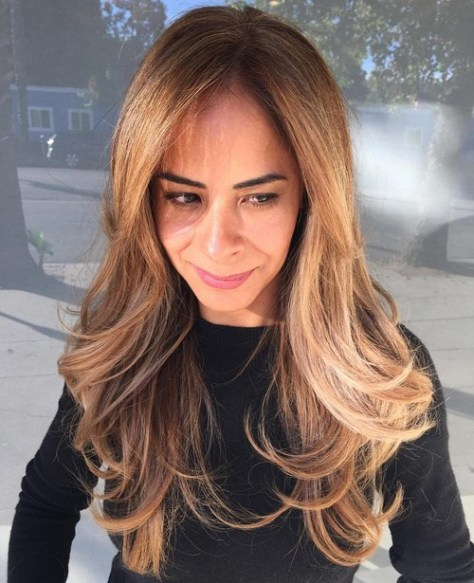 long layered hairstyle with extra large waves