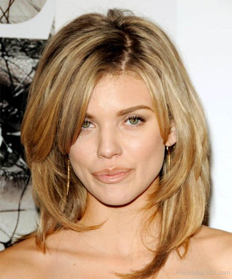 Attractive Long Choppy Hairstyle