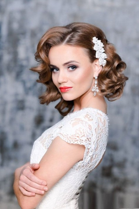 short hairstyles bridesmaid