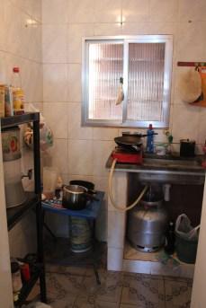 Die Küche - also die Ecke, immer voller Ruß (Credits: BuzzingCities)