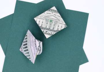 4 ideas for cash gifts for graduates using dollar bill origami