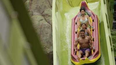 Family Rides at Universal Orlando's Volcano Bay | Fave Mom