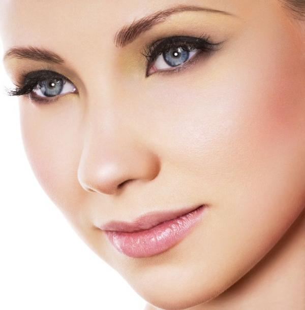 permanent makeup, clean, pure, pretty make up