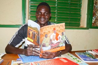 Bibliothécaire Tikaré sm