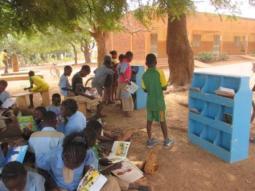 lecture à l'école Saint Thérèse de Jésus (2)