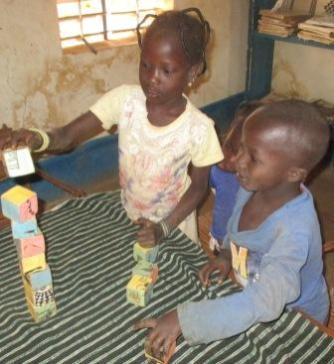 Jeux de puzzles avec les enfants 3