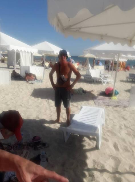 Как в Железном Порту тень от зонта продают - на пляже разгорелся скандал (видео)
