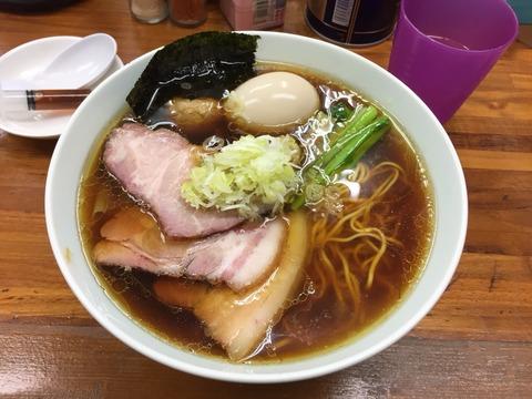 一杯一杯大切につくられる極上の醤油ラーメン。食卓に出される注射器、その中身はなんと…!?東神奈川「らぁめん夢」。