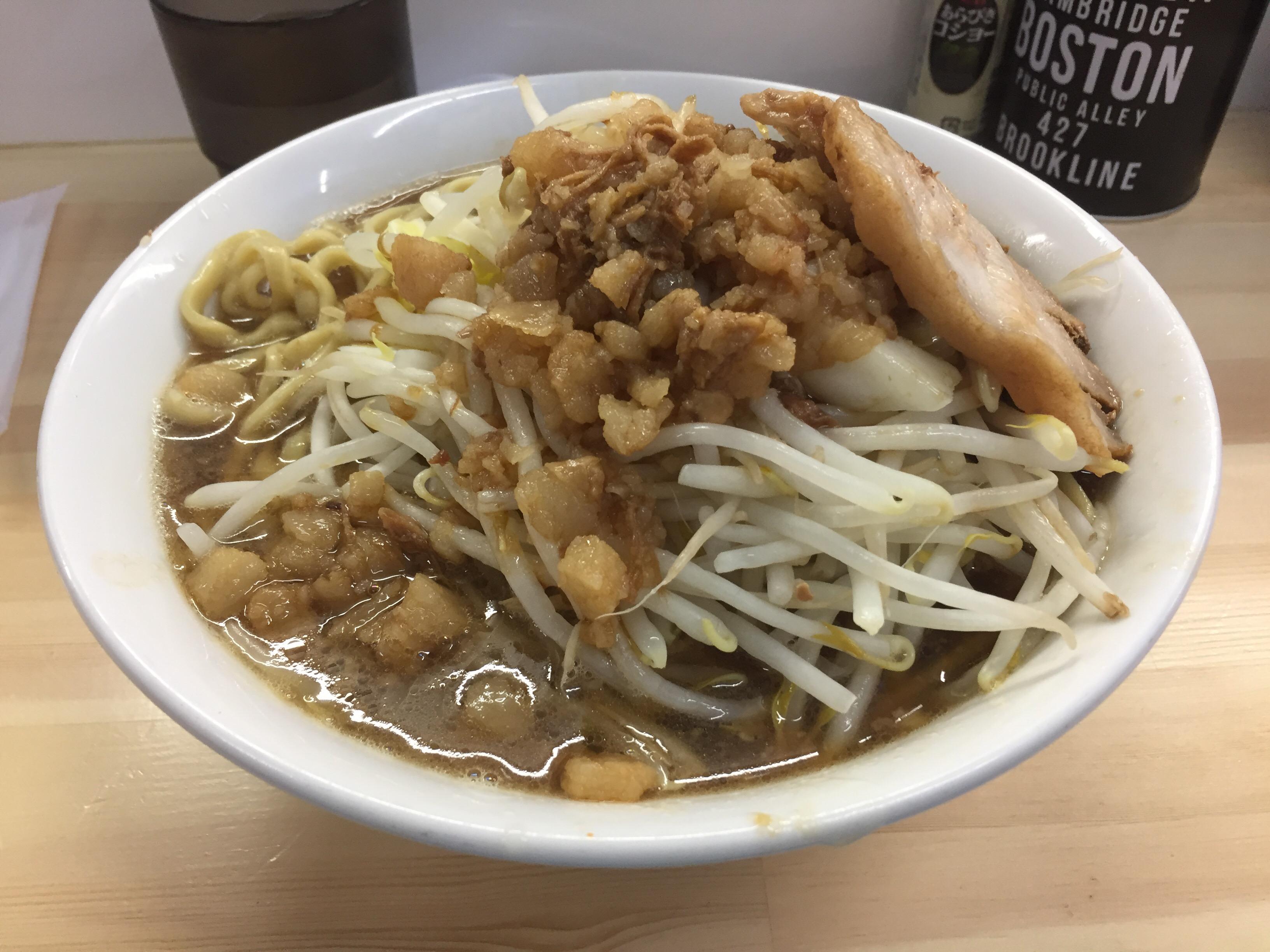 夢と脂,麺もマシマシ⁉︎白山駅に登場,二郎系「ラーメン荘 夢を語れ」
