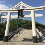 夫婦の神猿に祈る。勝る、魔が去る、良いご縁。赤坂・山王日枝神社。