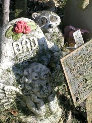new-southgate-crematorium-and-cemetery_2875296246_o