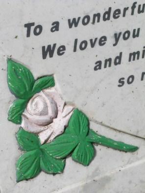 new-southgate-crematorium-and-cemetery_2888363188_o